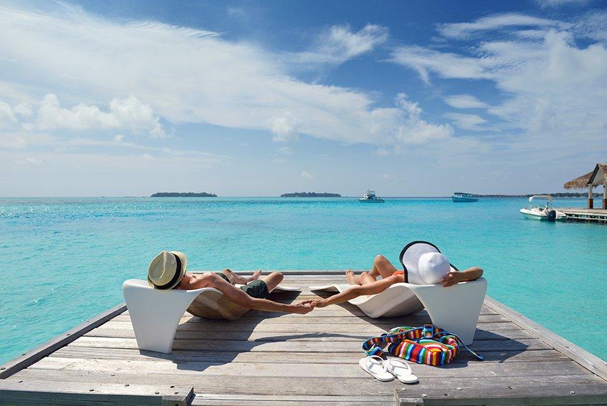 https://www.ambergris.co.nz/uploads/images/beachcombing-1.jpg